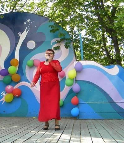 Романсы на стихи челнинских поэтов в исполнении Людмилы Ткачук