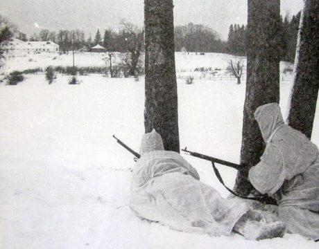 Советские разведчики у Ясной Поляны